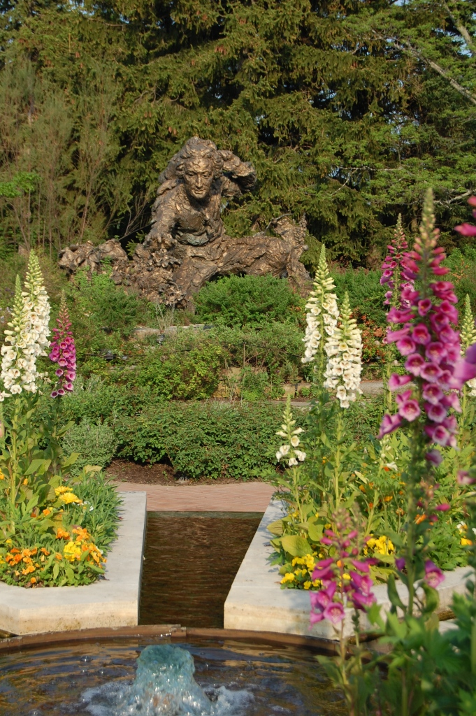 Every trip to the Chicago Botanic Garden should begin with paying homage to the statue of Linnaeus in the Heritage Garden.