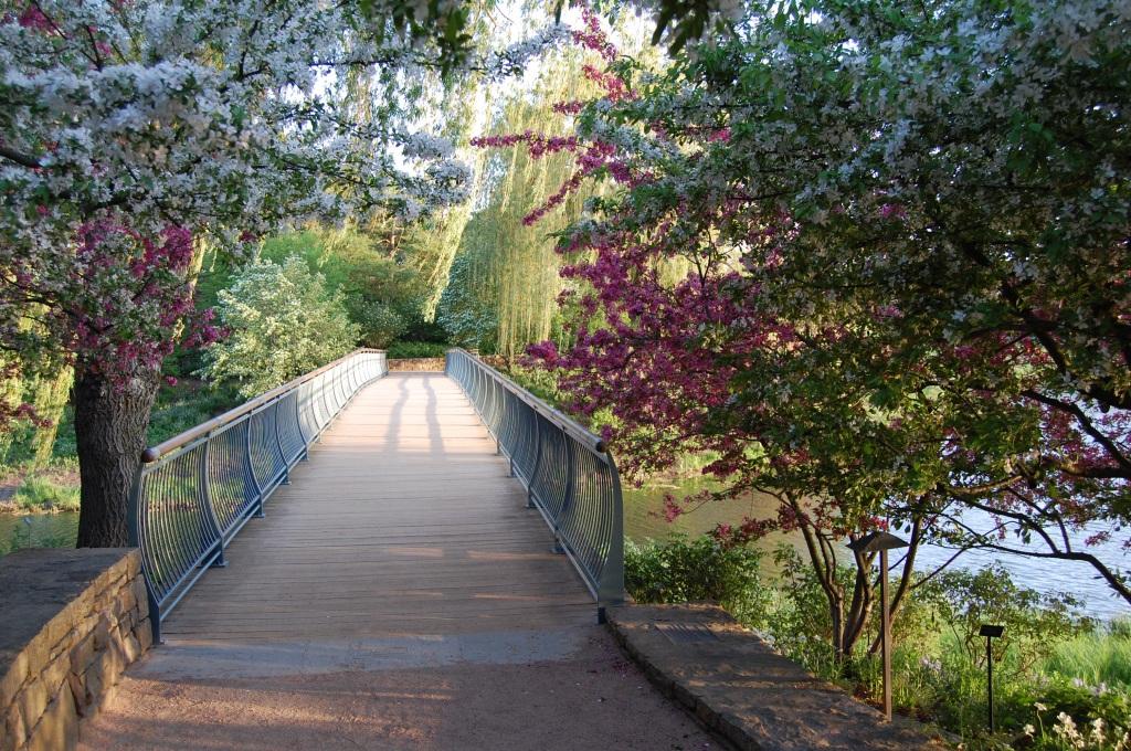 North bridge to Evening Island.
