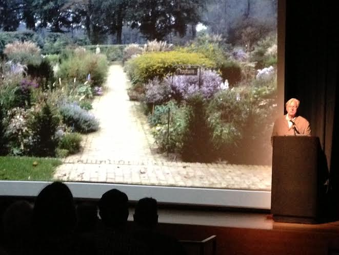 Piet Oudolf speaking at the Chicago Cultural Center on Thusday night.