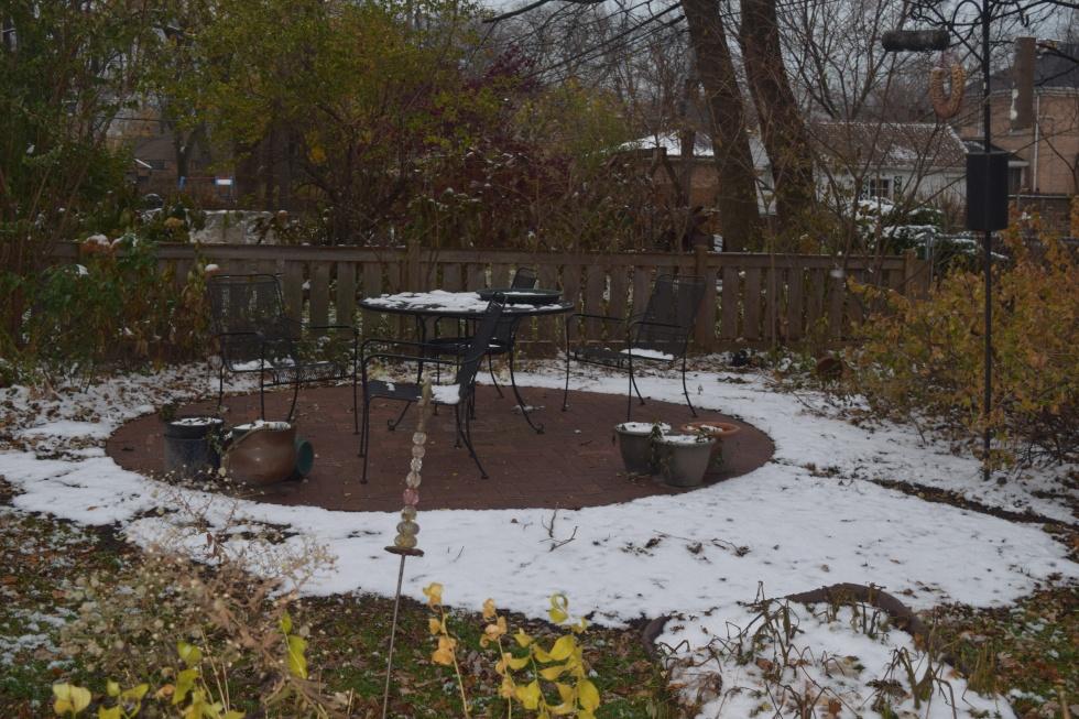 DSC_0590 patio snow