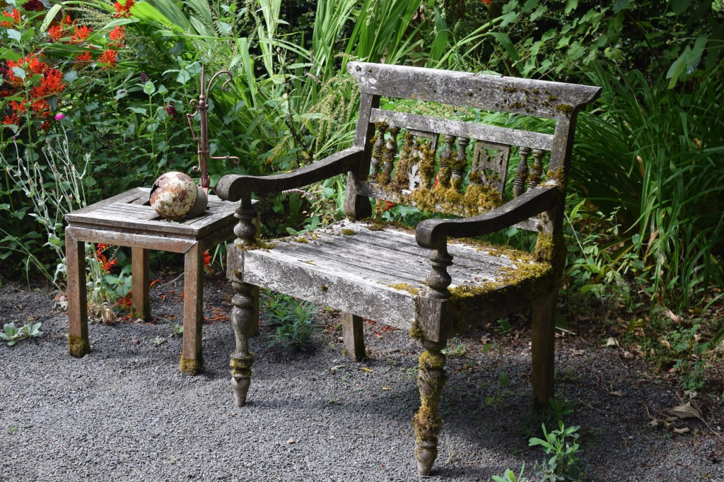This looks like a good bench for Rip Van Winkle to snooze on.