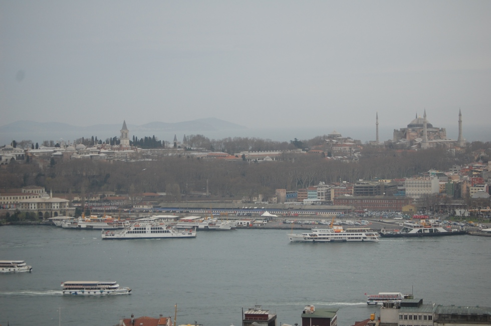 Looking across the Golden Horn. The Ayasofya is to the right.