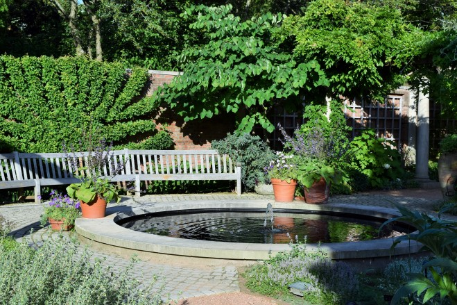 DSC_0178 English Walled Garden cbg